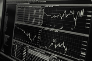 5 Major Differences between Bitcoins and Stocks
