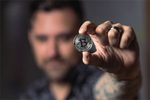 6 Reasons You Should Invest in Bitcoin